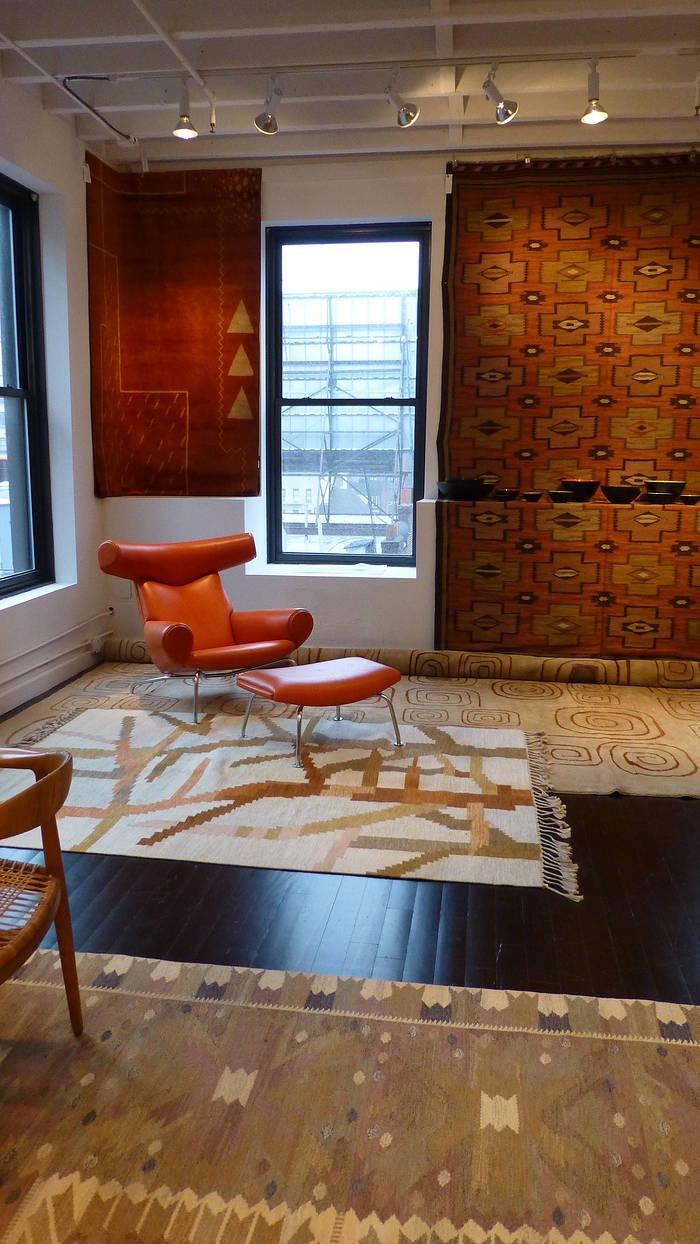 20th century carpets at wright %285%29