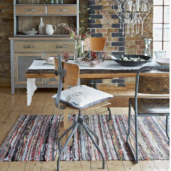 Zinc-and-wood-dining-furniture--Country-Homes-and-Interiors--Housetohome.co.uk