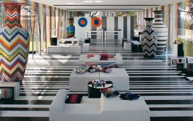 Moderna-artística-Showroom-Interior-Design-com-Mosaico-Art-656x410