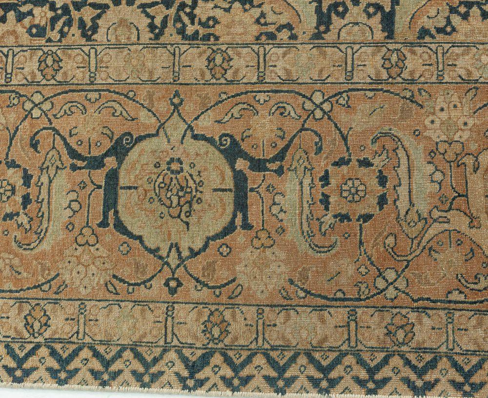 Antique Persian Tabriz Carpet BB1702