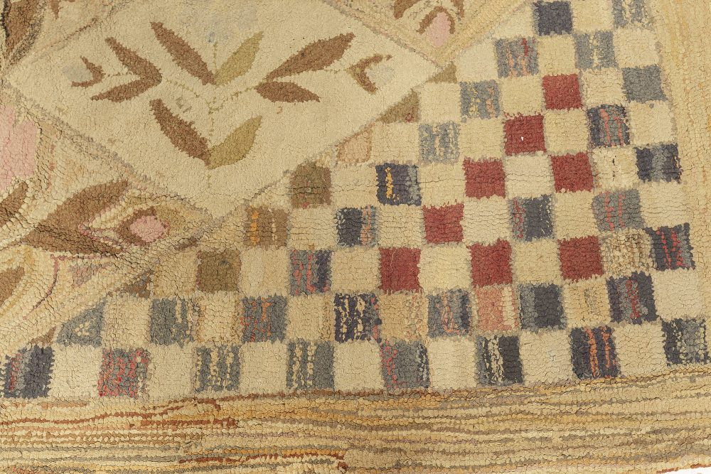 Hooked Checkered Warm Beige, Red and Blue Handwoven Wool Rug BB3025