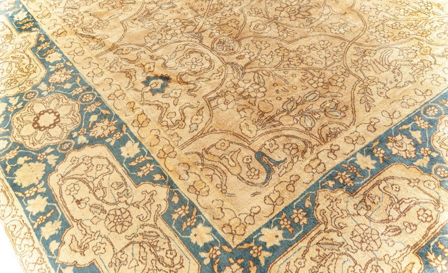 Antique Persian Tabriz Carpet BB5923