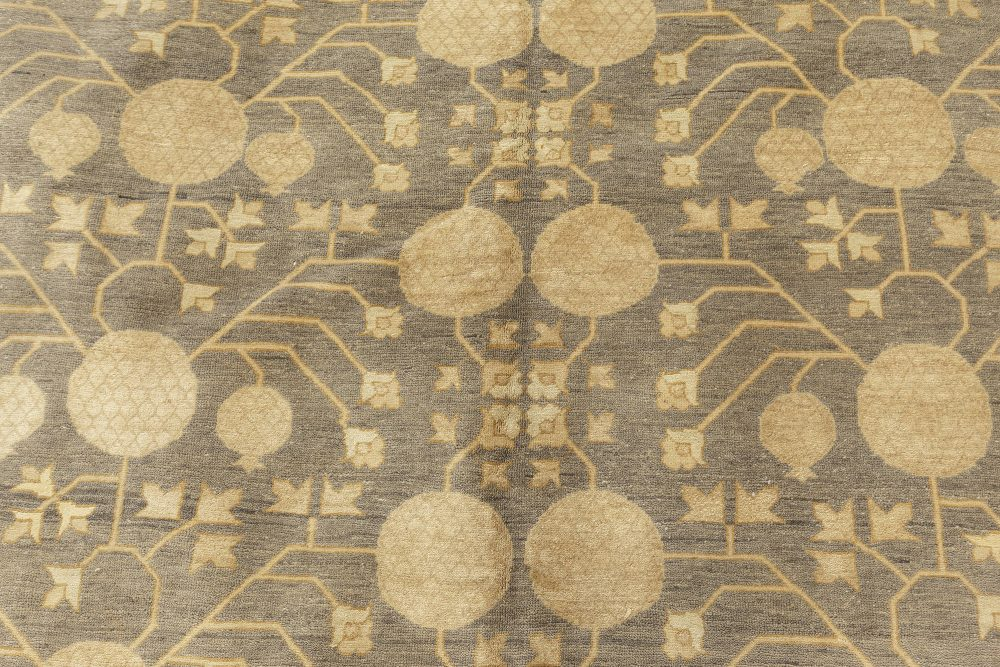 Traditional Oriental Inspired Sandy, Gold and Dusty Blue Wool Rug N11370