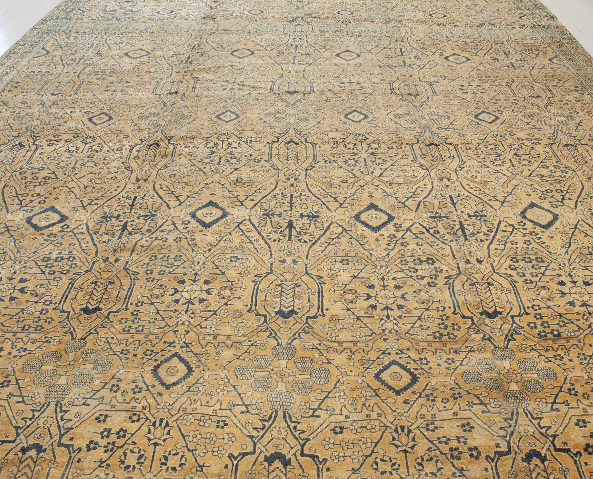 Vintage Persian Kirman Rug ( size adjusted ) BB5643