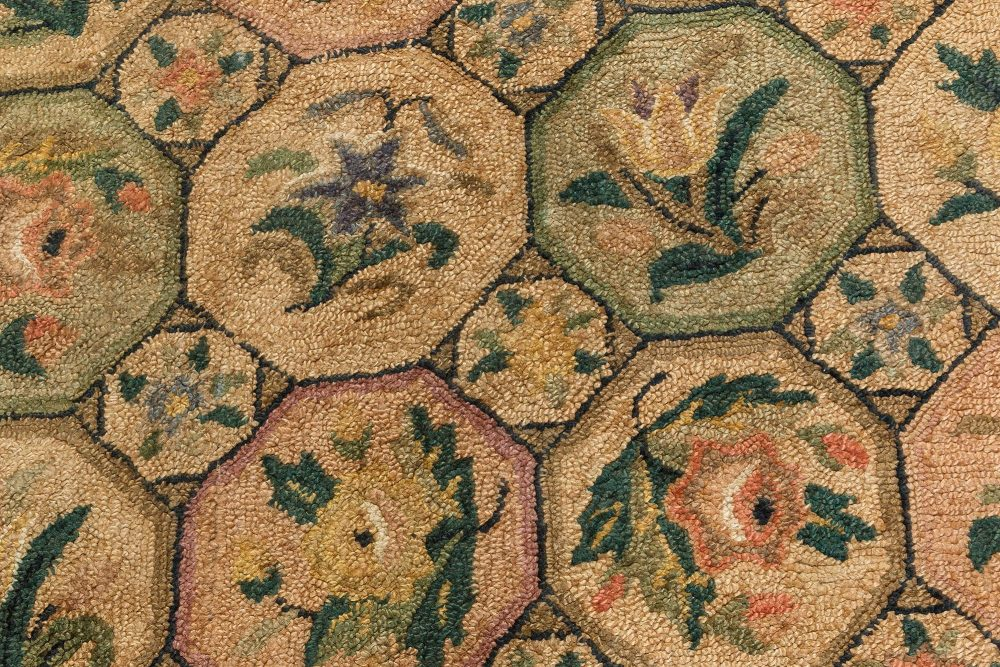 Vintage Tulip & Roses Hand Knotted Wool American Hooked Rug BB7109