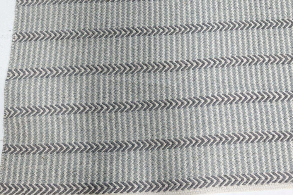 Buxus Wool Rug in Steel-Blue, Grey, and Ivory N10784