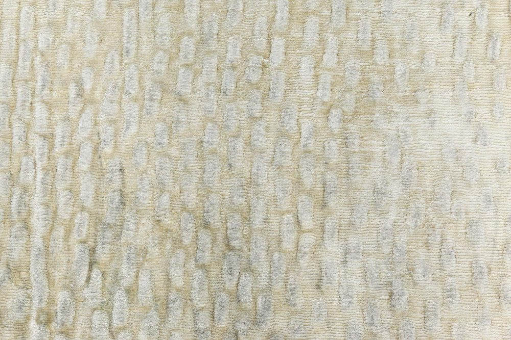 Sand Dunes in Beige Silk N10988