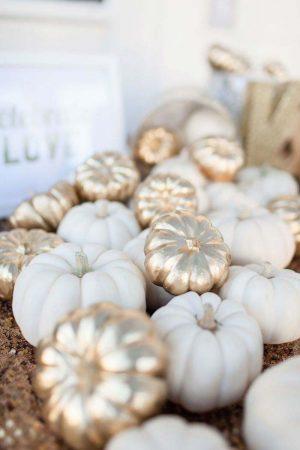 Scary & Stylish: Glamorous Halloween Decor 48