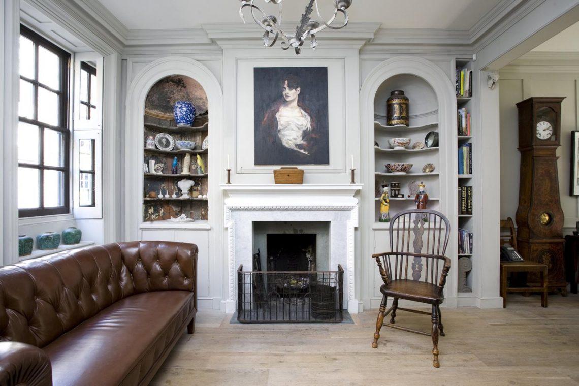 english victorian interior decor living room