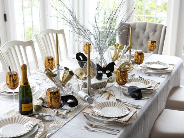 Glam Party Decor for a New Year's Eve! 1