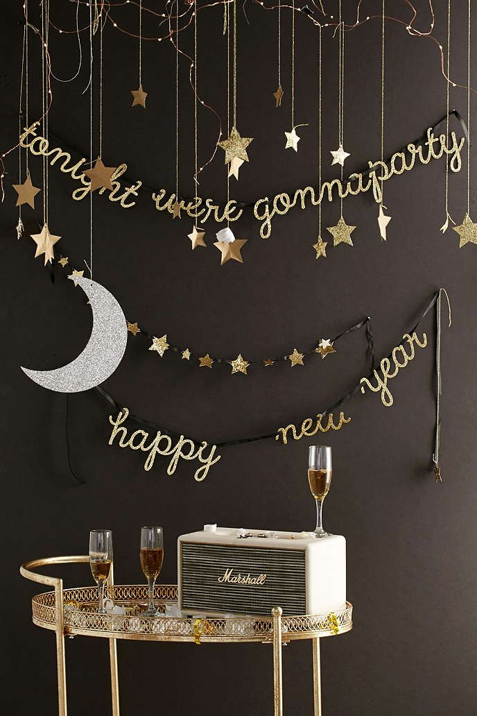Glam Party Decor for a New Year's Eve! 35