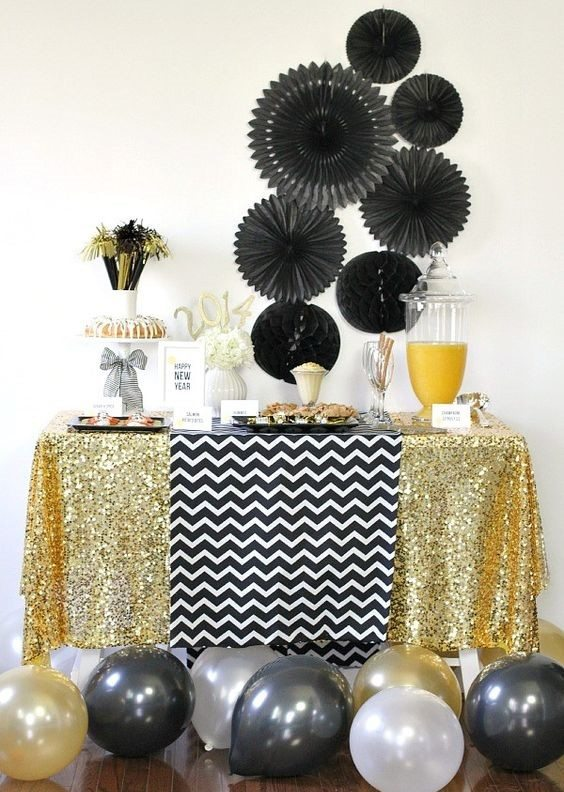 Glam Party Decor for a New Year's Eve! 27