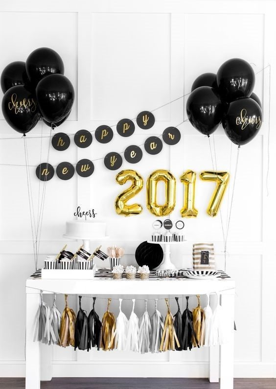 Glam Party Decor for a New Year's Eve! 30