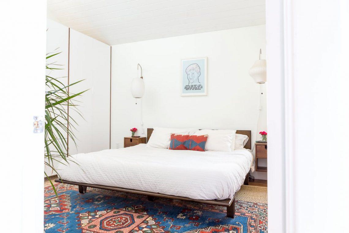 country interior decor, interior trends 2017, countryside interior decor, farmhouse interior bedroom, boho bedroom, vintage rug, vintage interior decor