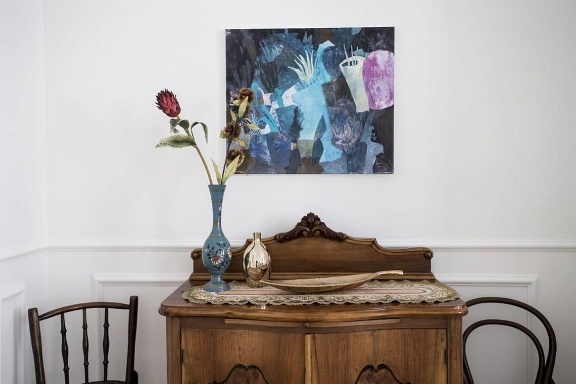 Parisian French interior decor white elegant bedroom living room