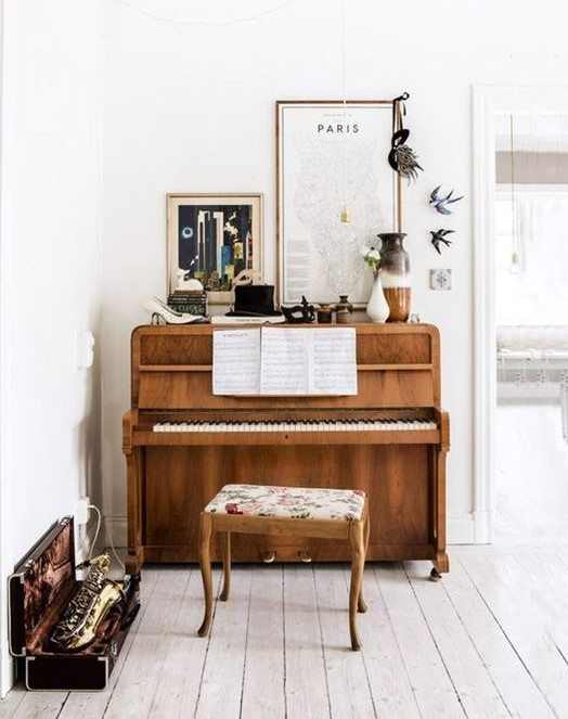 5 Ways to Jazz Up Your Interior with 'La La Land' Retro Charm 29