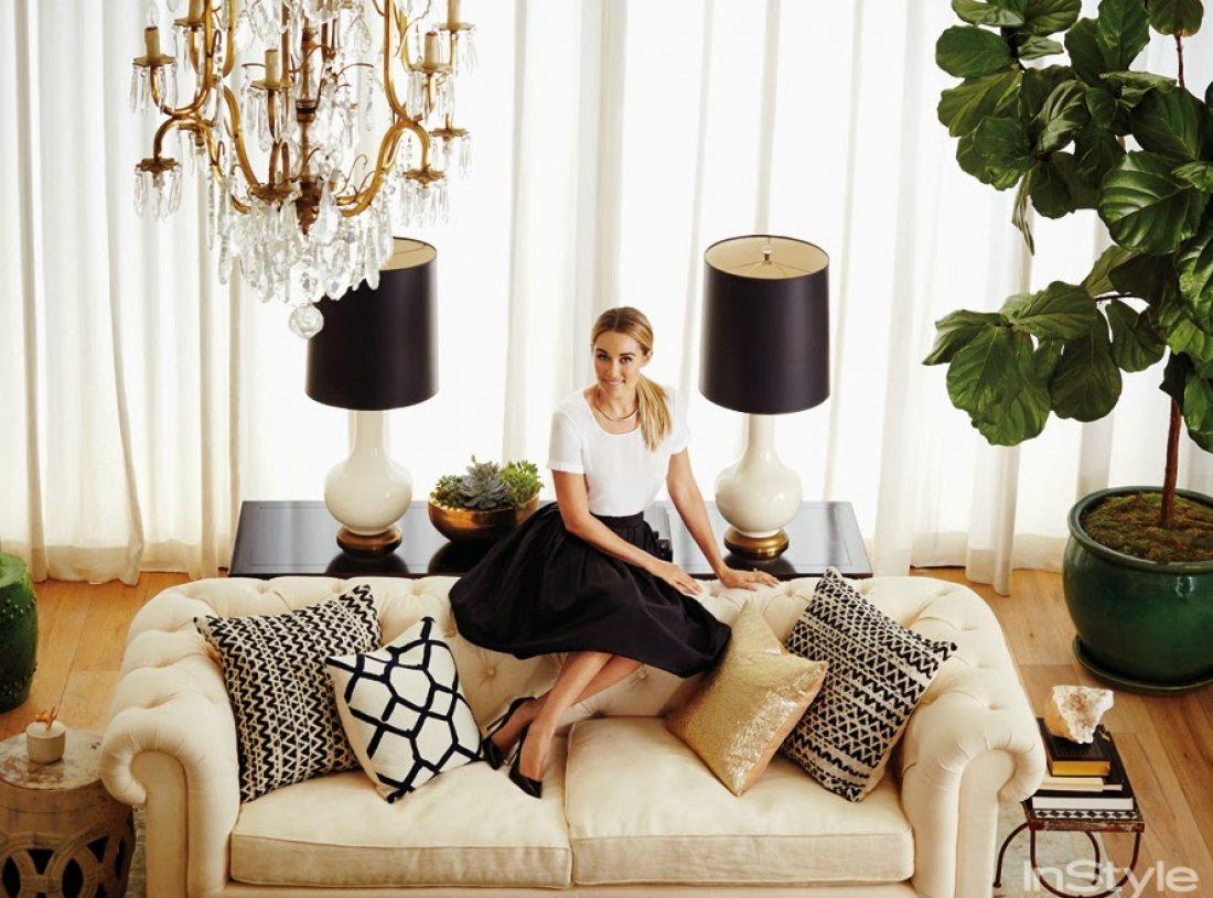 lauren conrad interior deco, boho living room, bright living room, white living room, beach house interior decor, elegant living toom, leather sofa decor, moder interior,