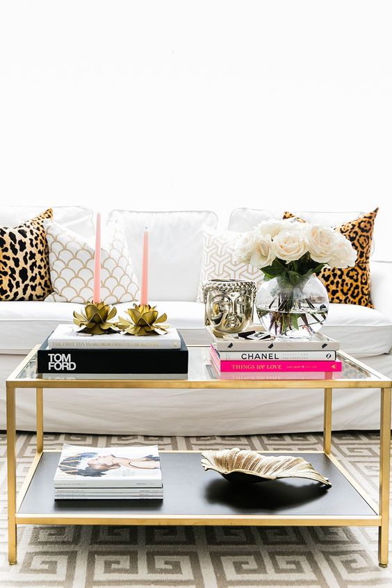 How to style a coffee table like a professional 5