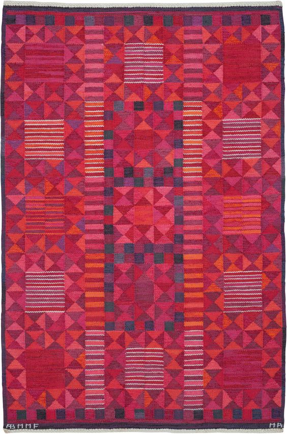 Make a statement: Rugs that enliven every interior 20