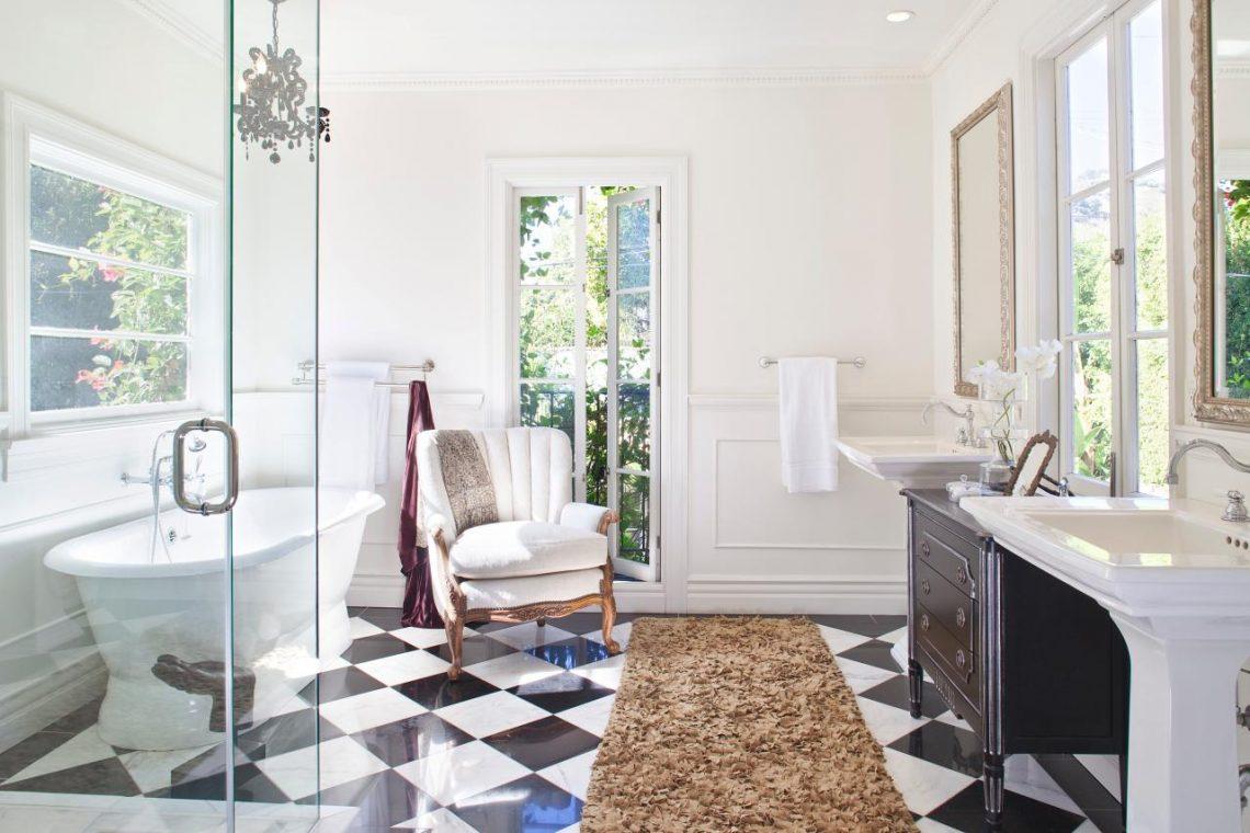 lauren conrad interior decor, glamour bathroom, elegant bathroom, royal bathroom, bathroom decor