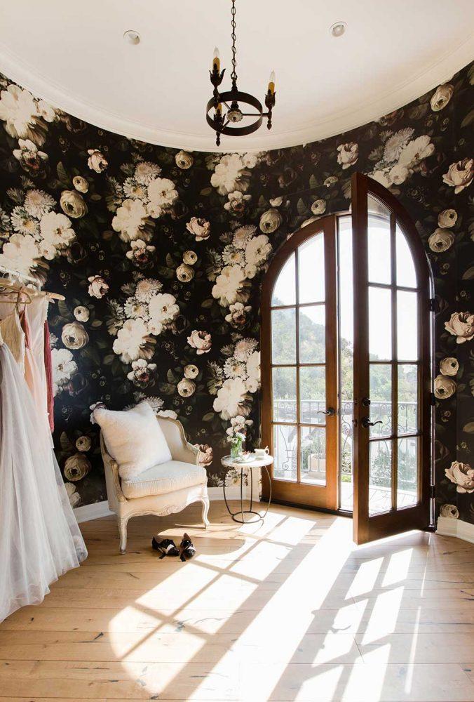 lauren conrad interior decor bedroom interior decor, floral wallpaper, flower wallpaper, glamour interior