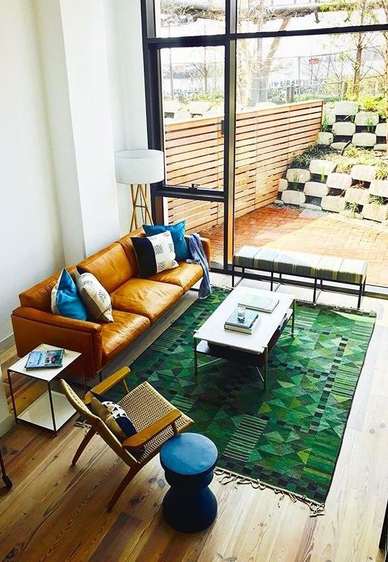 Scandinavian living room, modern living room, mid-century modern living room, mid-century modern decorating, mid-century modern interior, vintage furniture, vintage rug, vintage decorating, vintage living room, rug in living room,