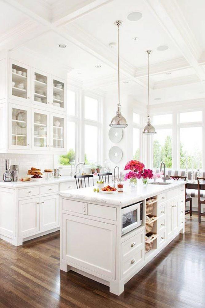 lauren conrad interior decor, white kitchen, English kitchen, kitchen decor
