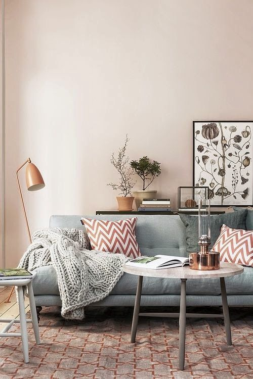 Rugs that go hand in hand with a grey sofa 12