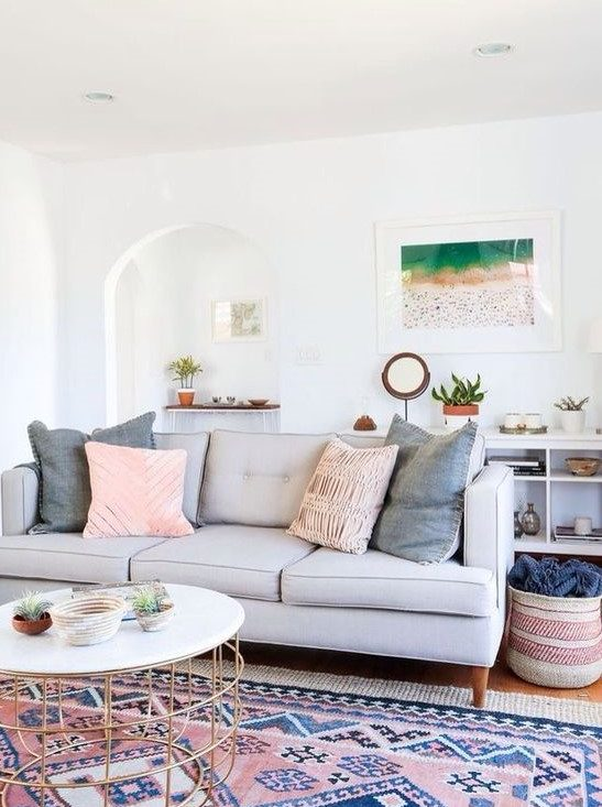 Rugs that go hand in hand with a grey sofa 16