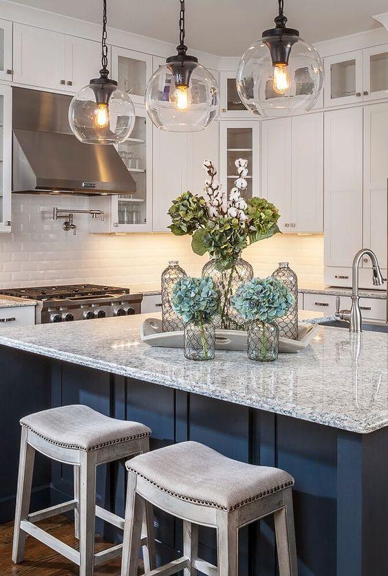 modern dining room, blue dining room, blue interior, blue decorating, blue wall, modern interior, copper lamp, english kitchen, blue kitchen