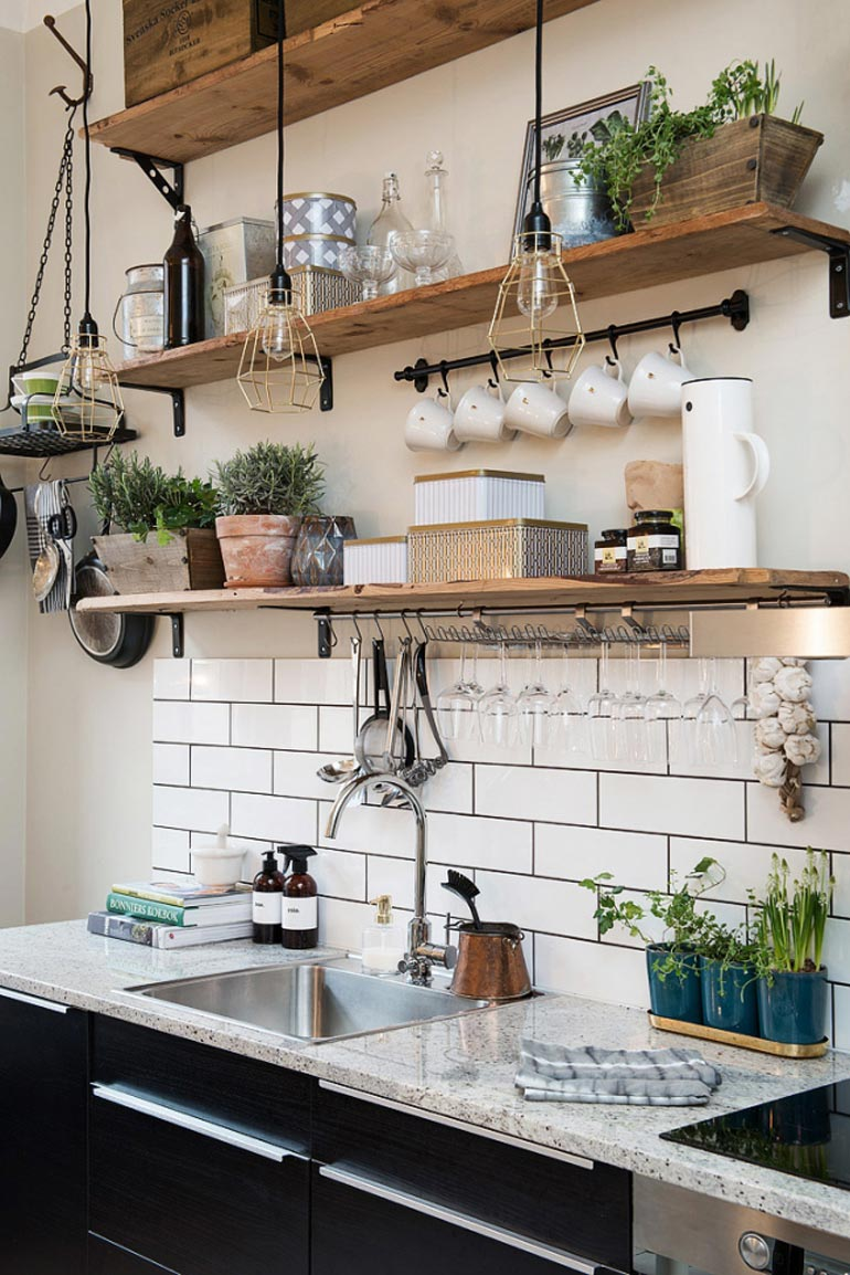 5 Ways to Style an 'Anne with an E' Inspired Farmhouse Kitchen 13
