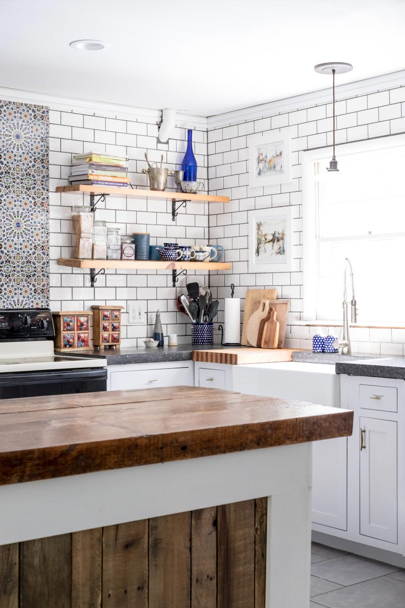 5 Ways to Style an 'Anne with an E' Inspired Farmhouse Kitchen 14