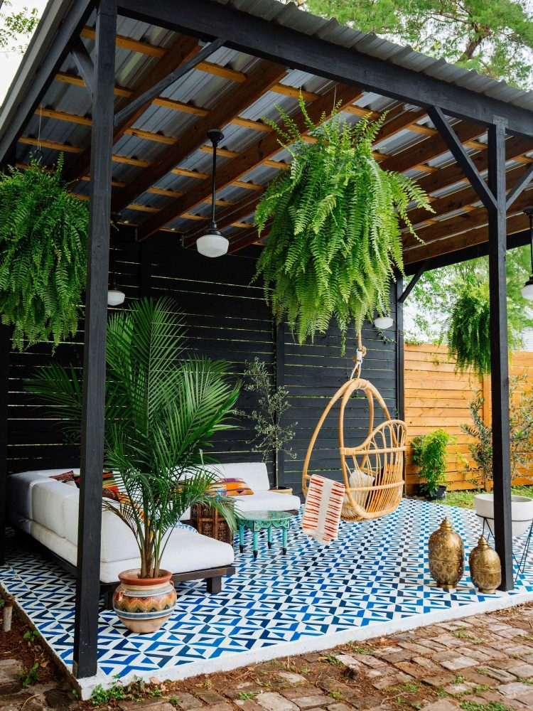 scandinavian patio decor ideas, outdoor living decor, patio plants