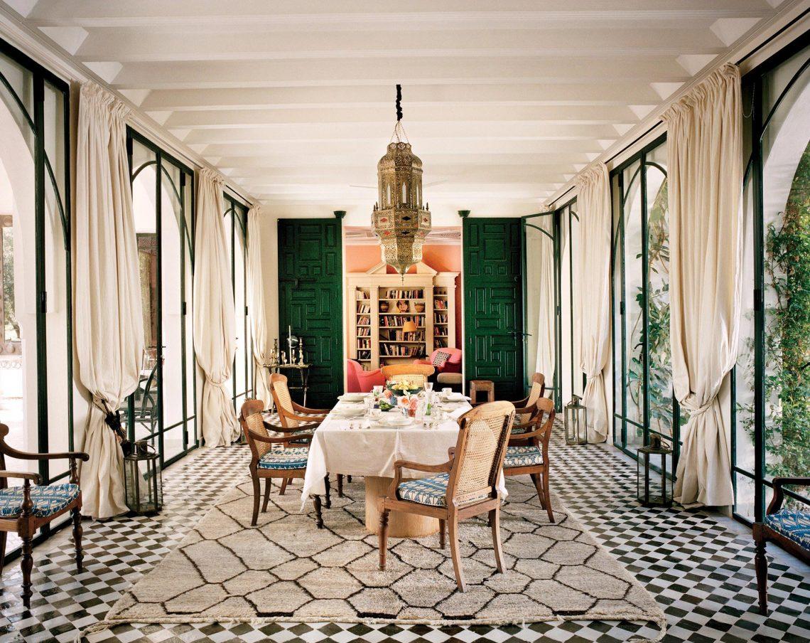 oriental rug, moroccan rug, oriental living room