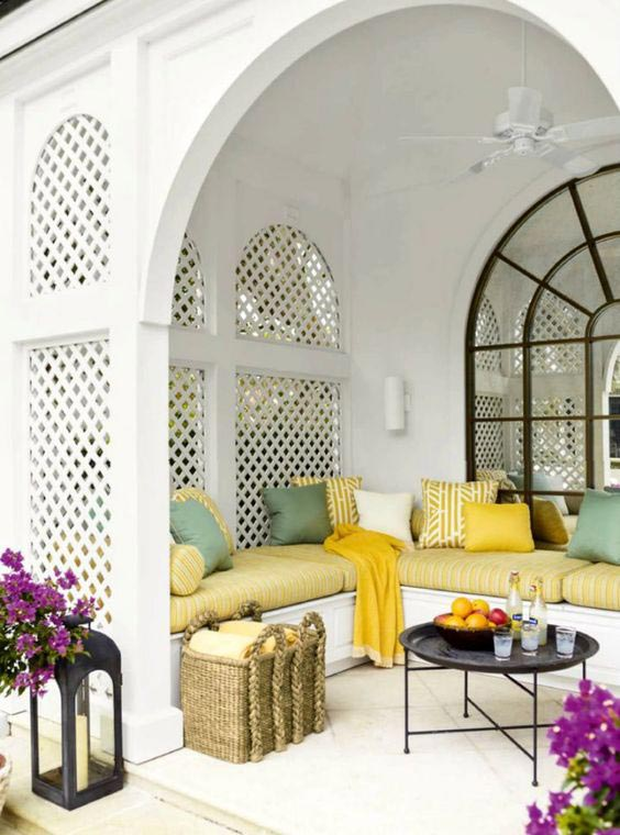 Top 5 Ideas for the Perfect Outdoor Patio - Living Room 17