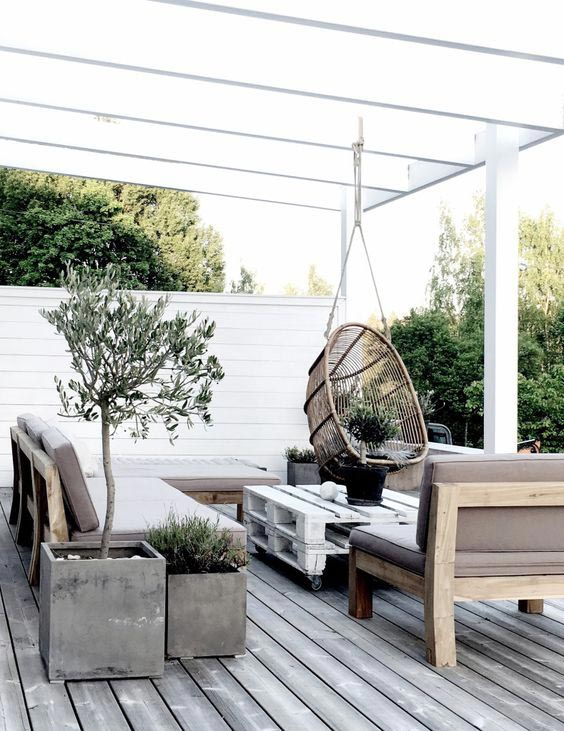 Top 5 Ideas for the Perfect Outdoor Patio - Living Room 9