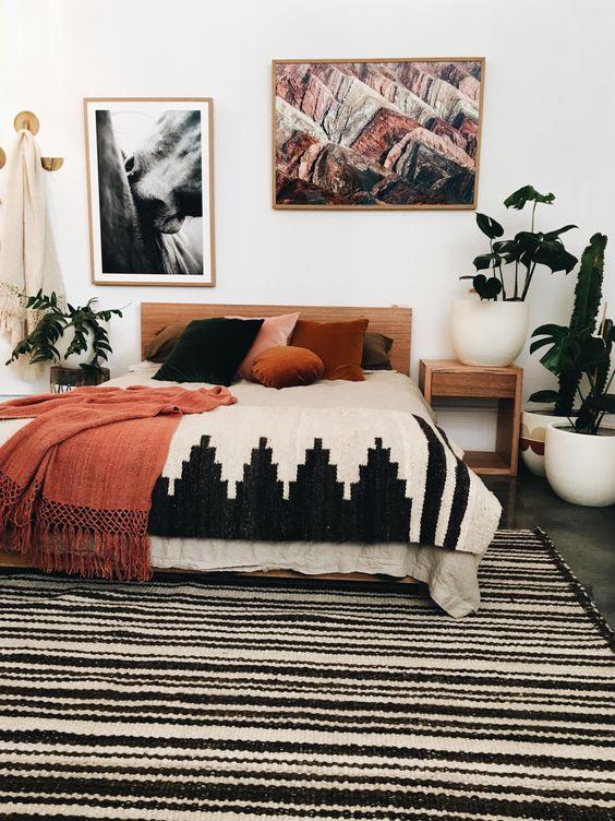 rug in bedroom, colorful rug, boho interior rug, kilim rug in bedroom
