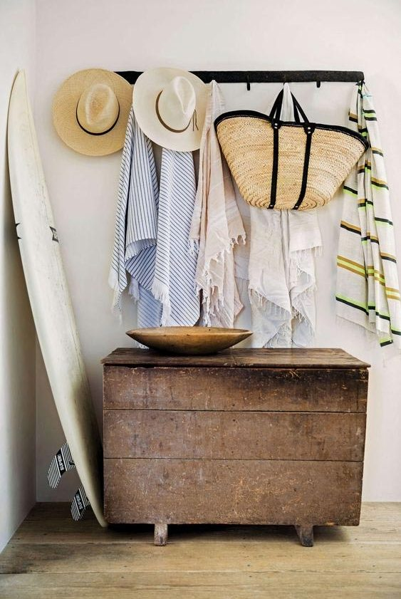 6 Ways to Make Your Interior Cali Cool! 1