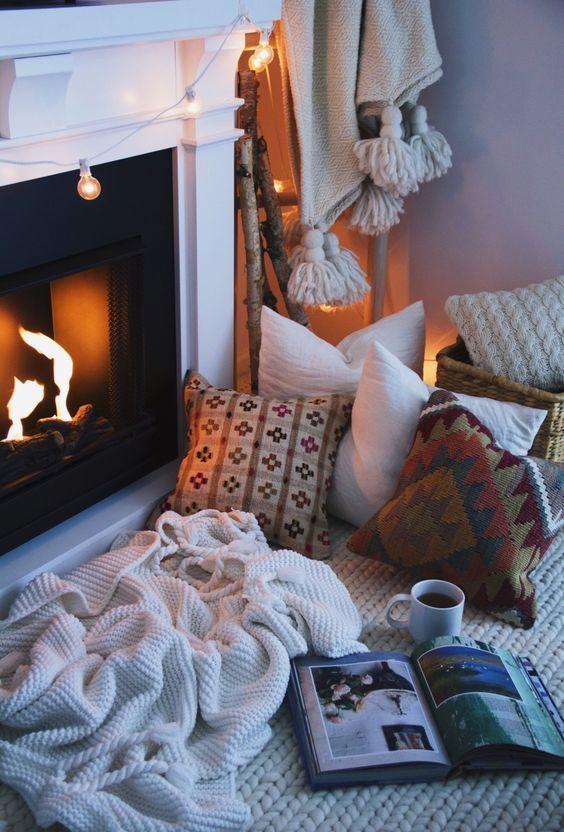 cozy-home-autumn-hygge-home-decorating-fall-decorations.