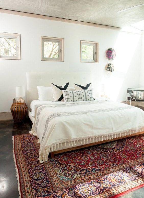 Oriental Antique Rug In The Bedroom 2