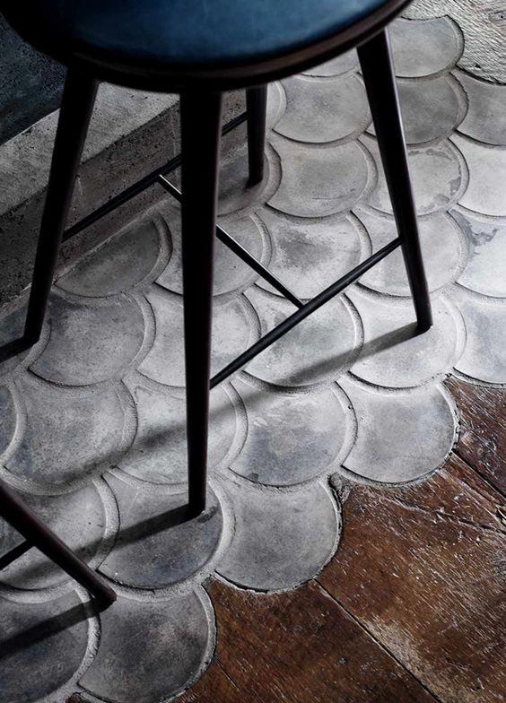 concrete floor with wood, interior decor trends 2017