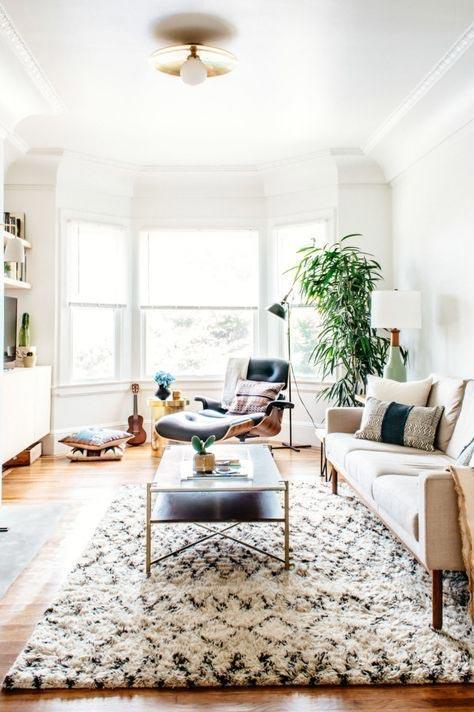 candinavian-rug-in-living-room