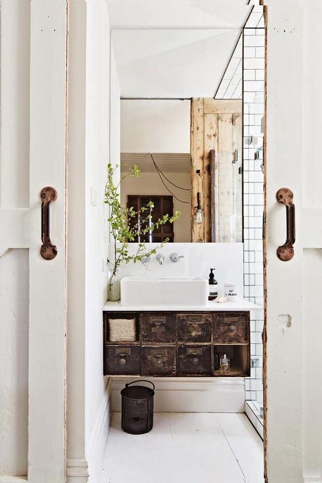 wabi-sabi-bathroom-decor