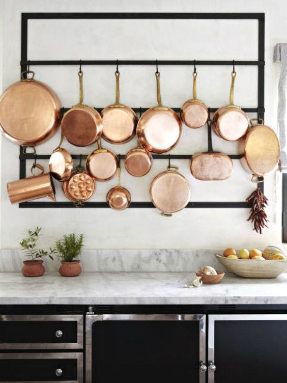 2018-interior-decor-trends-mixed-metals-in-the-kitchen-copper.j