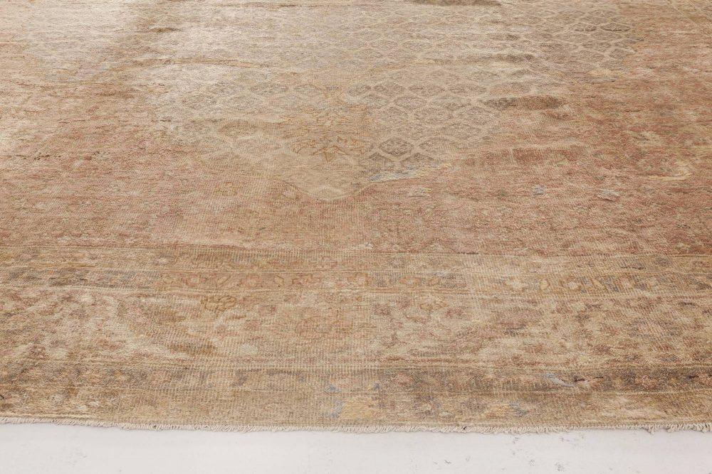 Antique Turkish Hereke Rug BB0227