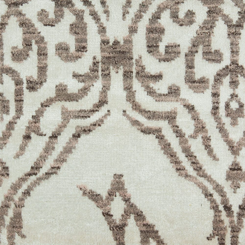 Traditional Rug Design S11359