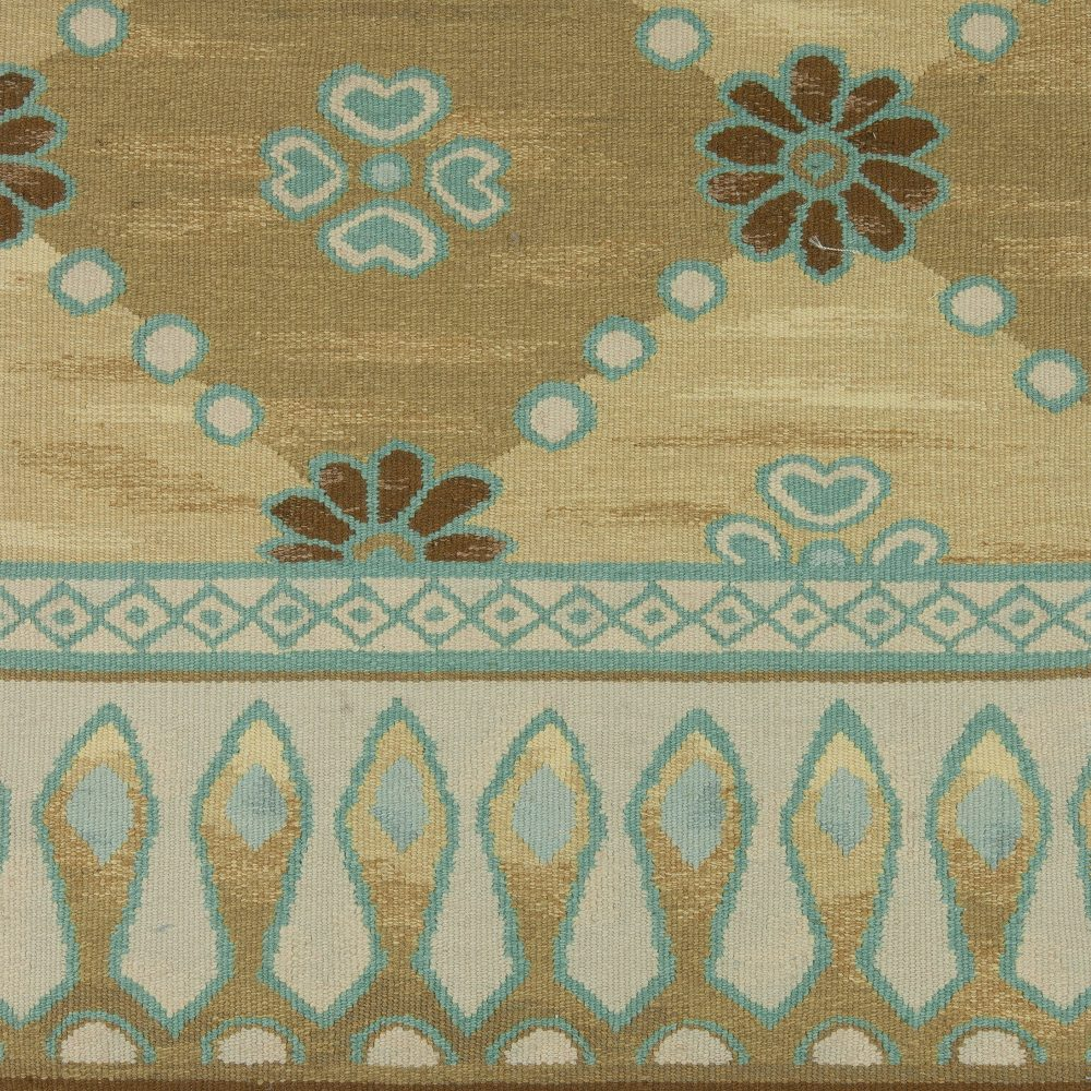 Floral Traditional S12731