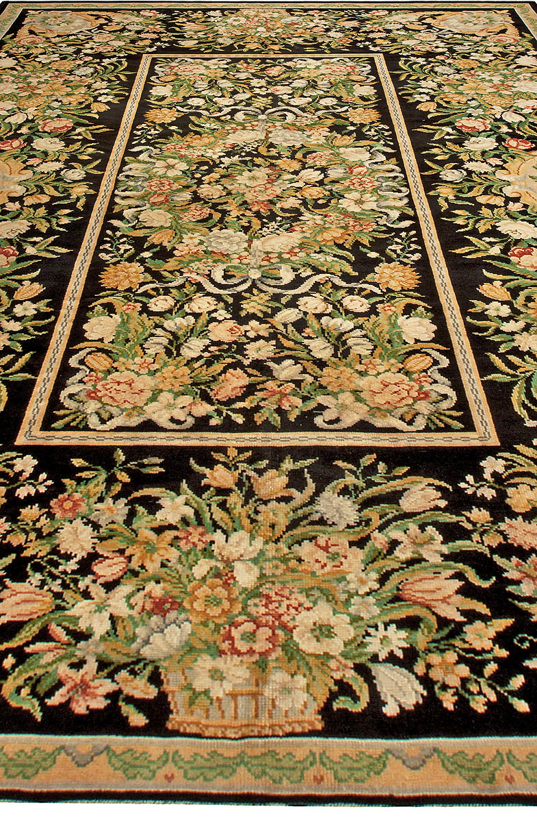 Antique French Savonnerie Handwoven Wool Rug BB4926