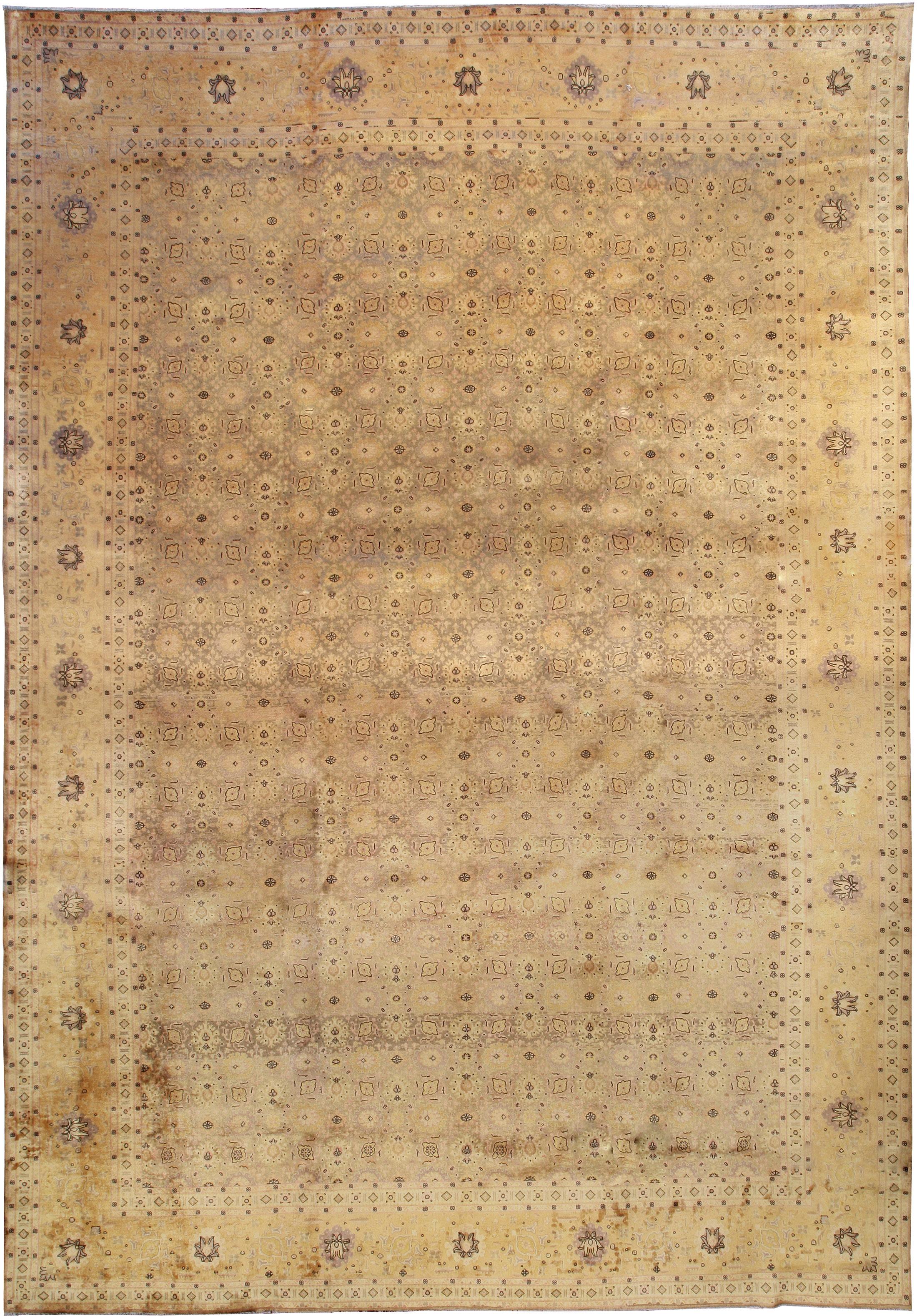 Antique Persian Tabriz Rug BB0876