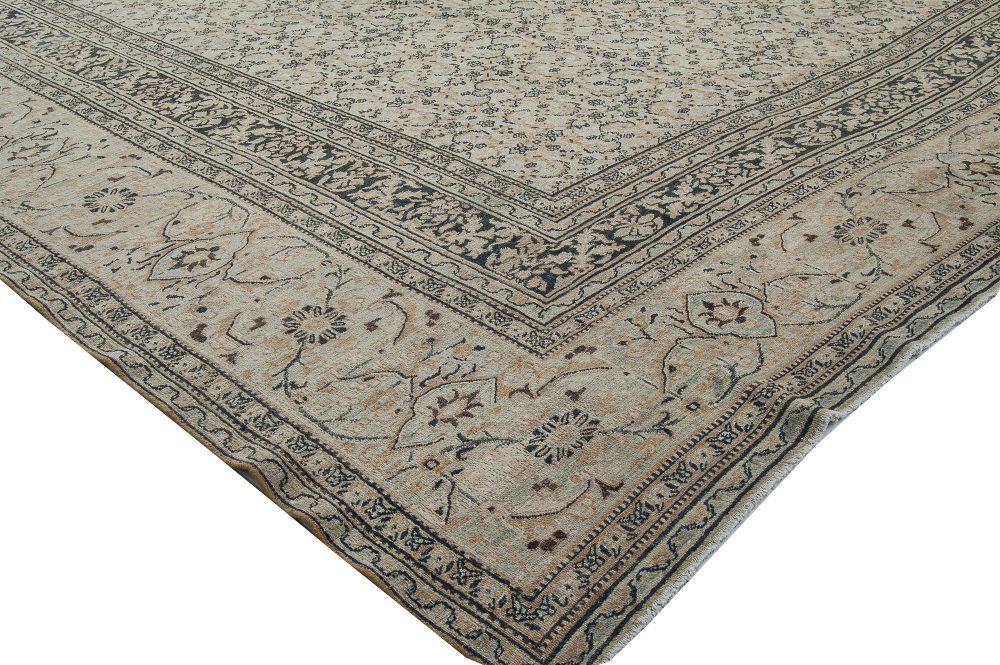 Antique Persian Tabriz Carpet BB1898
